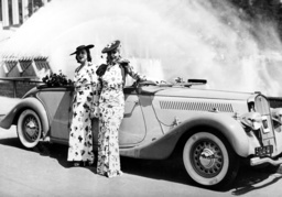 Women's fashion from 1938