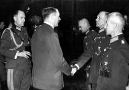 Rudolf Schmundt, Adolf Hitler, Franz Halder, Heinz Guderian and Hermann Hoth, 1939