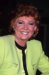CILLA BLACK AT ALLIED STORE SHOP, LONDON, BRITAIN - JAN 1993