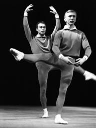 Ballet Fünf plus eins