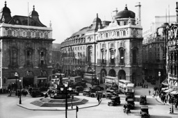 Piccadilly Circus, 1937