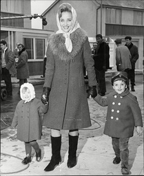 Actress Sylvia Syms With Her Children Beatrice And Mark Benjamin. (for Full Caption See Version)