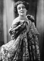 Trude Hesterberg, 1921