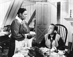 HOLIDAY INN, from left: Louise Beavers, Bing Crosby, 1942
