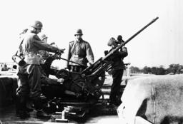 Leichtes Flakgeschütz 1939 - Light Anti-Aircraft Gun /Photo/ 1939 -