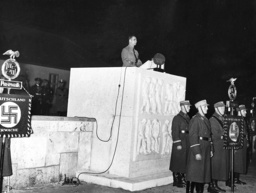 Rudolf Hess at the handover of the shrine in Pasewalk, 1937
