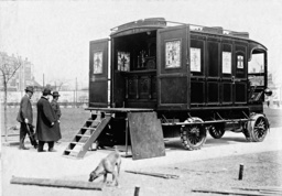 Mobile church in the USA, 1913