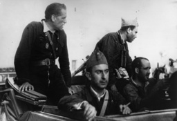 Perez Farras und Durutti - Perez Farras and Durutti / Spain / 1936 - Spanish Civil War, 1936-39.-Soldiers and militianen of the R
