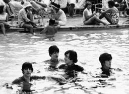 Ringo starr, John McCartney, John Lennoin, George Harrison