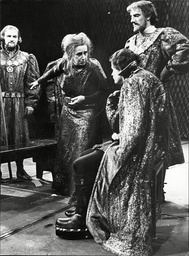 Richard Iii At Stratford On Avon Starring Dame Peggy Ashcroft (margaret) Attacks Ian Holm (richard) With Tom Fleming (buckingham) Looking On
