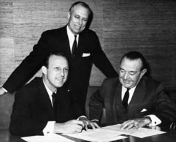 Stan Musial, Bing Devine, August Busch