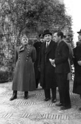 Salazar visits Franco