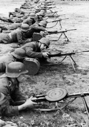 Russian volunteers during the training, 1943