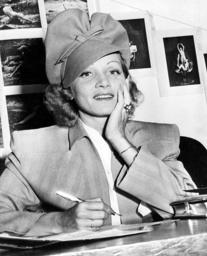 Marlene Dietrich becomes U.S. citizen, 1939