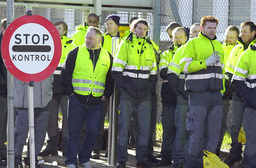 Blockade at airport
