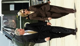 CLINTON AND FIRST LADY LEAVE ANDREWS AIRFORCE BASE