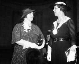 Rose Frances Hull, Dame Enid Lyons