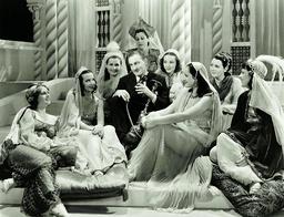 Romance In The Dark - 1938