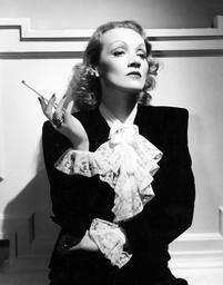 Marlene Dietrich - 1937