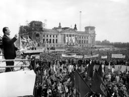 1st of May demonstration in West-Berlin - 1960