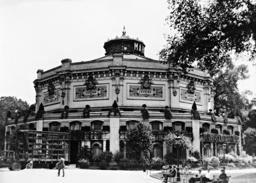 Theatre Marigny, 1935