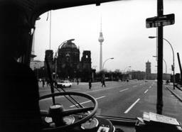 Coach tour through East Berlin